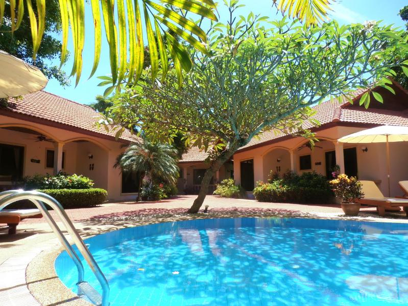 Three Beautiful Villas with Private Pool - COCONUT PARADISE HOLIDAY VILLAS with Guest Service - Nai Harn - rentals