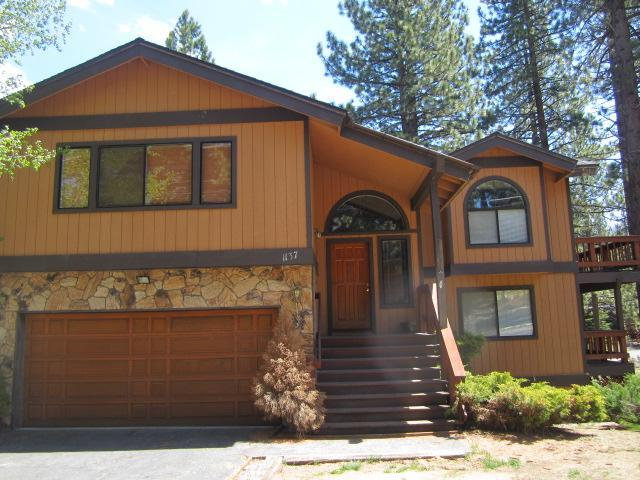 The front of the house - Sundown Trails - South Lake Tahoe - rentals