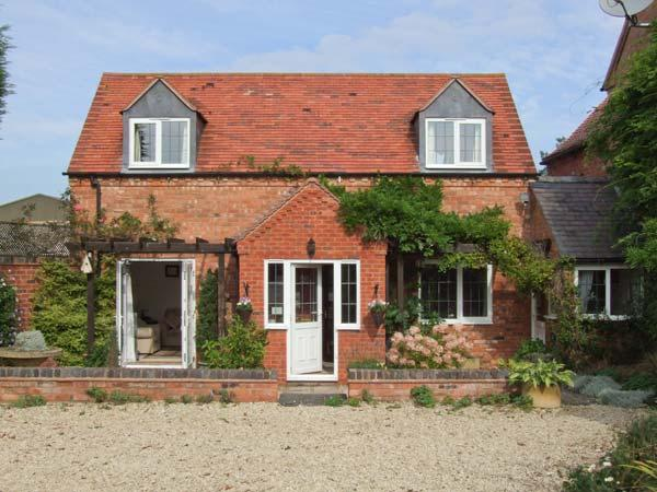 MOLE END COTTAGE, rural location, delightful gardens, family-friendly cottage, near Mickleton, Ref. 29613 - Image 1 - Mickleton - rentals
