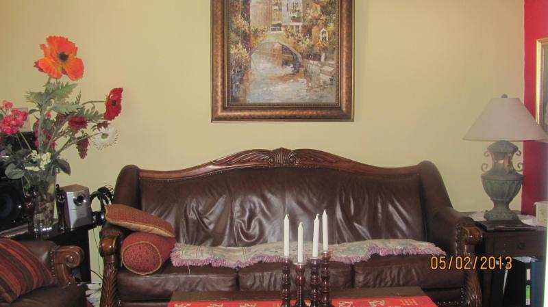 Beautiful 2 bed room apartment - Image 1 - Chicago - rentals