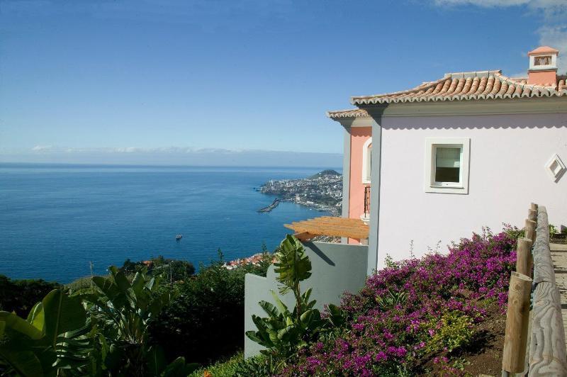 Luxury Two bedroom apartment - Image 1 - Funchal - rentals