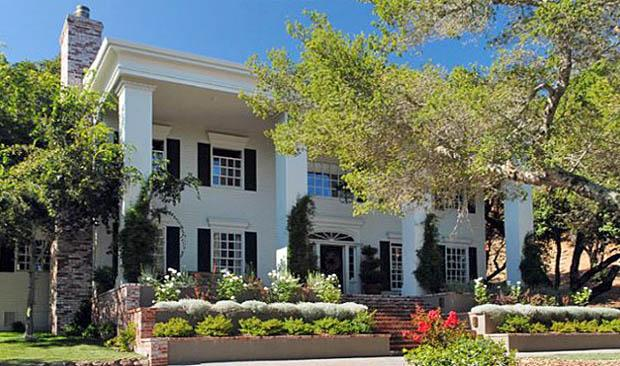 Front of Mansion - 5BR/5.5BA Secluded Sonoma Winery Mansion! - Kenwood - rentals