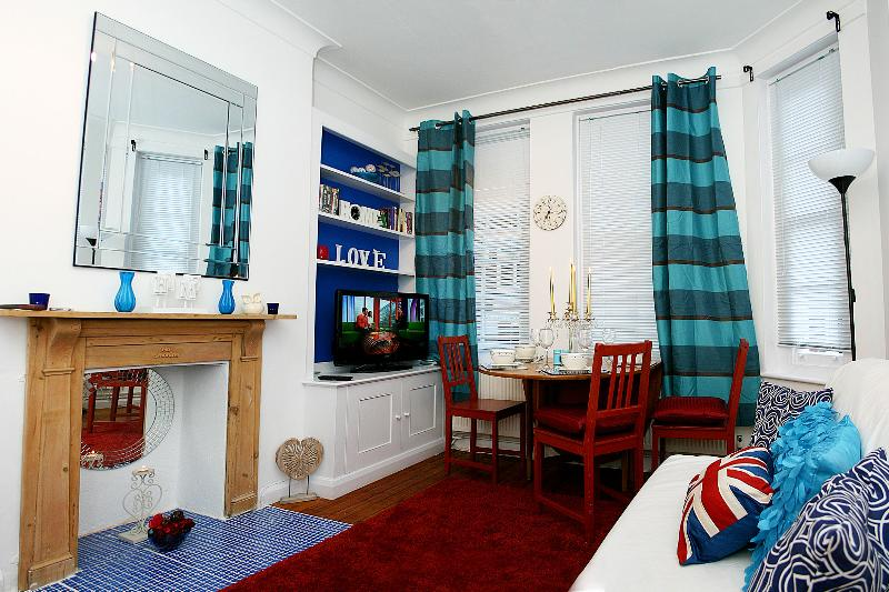Charming Kensington Apartment  WKM - Image 1 - London - rentals