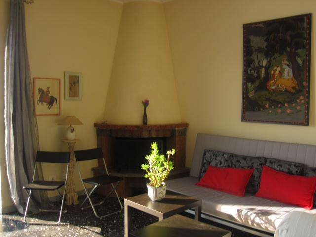 living room - Italian lakefront apartment - Trevignano Romano - rentals