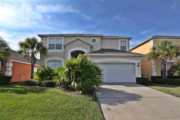 Villa Front - Huge 7 Bedroom Villa with a Big Pool and Private Y - Kissimmee - rentals