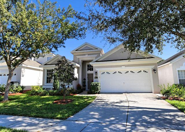 Front View - AT THE PALMS: 4 Bedroom Beautifully Furnished Home in Gated Resort Community - Florida - rentals