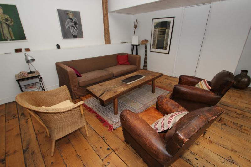 Elegant 2 bedrooms loft in Canal Saint Martin - Image 1 - Whiteparish - rentals