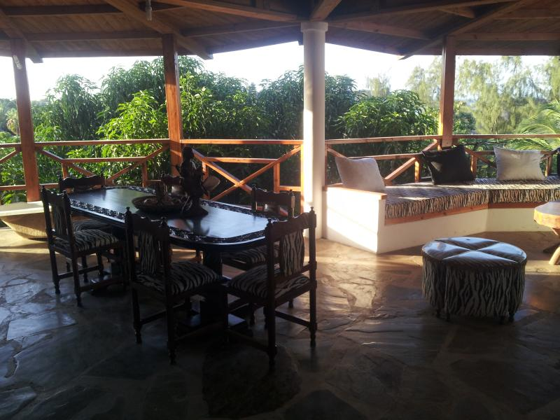 Suite in residence close to the ocean - Image 1 - Malindi - rentals