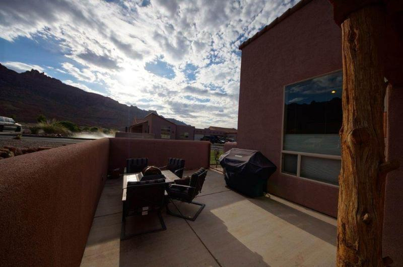 Tropical Sunset ~ W3 - Image 1 - Moab - rentals