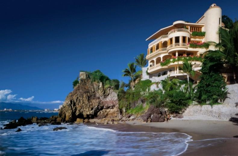 PVR - STAR6 Beach side living - Image 1 - Puerto Vallarta - rentals