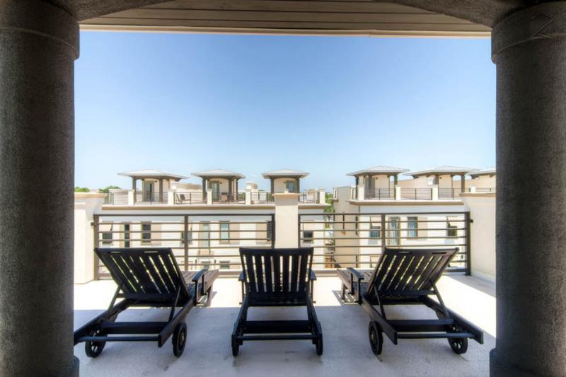 One of two rooftop decks, complete with lounge chairs and a mini-fridge - Stylish modern home with rooftop deck, walk to the beach! - Thirty Blu - Santa Rosa Beach - rentals