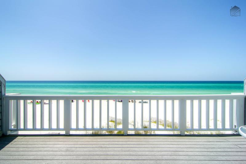 Gulf view from master bedroom's private balcony - Beautiful Oceanfront townhouse on quiet beach a short drive to Rosemary Beach - Surfer's Paradise (Beachfront) - Inlet Beach - rentals