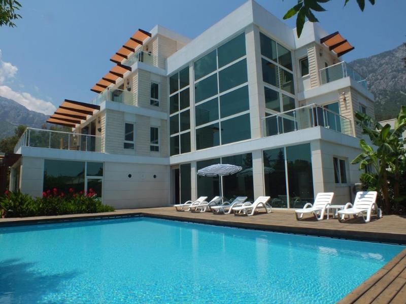 Luxury 6 bedroom villa in Quite Private Location - Image 1 - Antalya - rentals