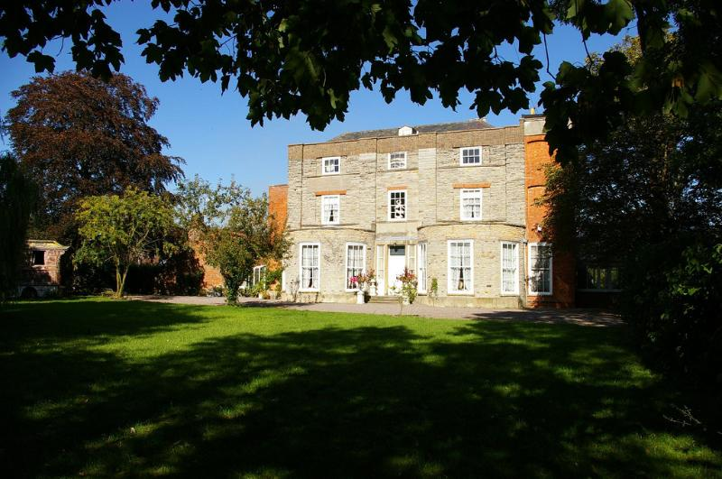 Priory House and the Oriental Brewhouse - Priory House and The Oriental Brewhouse - Nottinghamshire - rentals