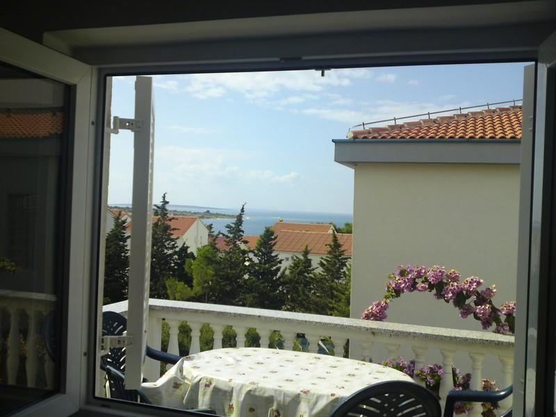 Cozy apartment Megy 4 for 6 pax,  200 meters from the sea in Novalja - Image 1 - Novalja - rentals