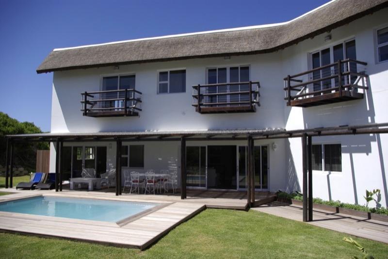 5 Bed room exclusive use villa - Luxury beach villas - Cape Saint Francis - rentals