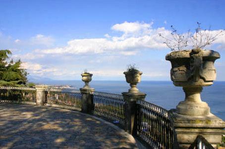 Public Park - 2 min. by walk - GALATEA - Loft - Sicily - Italy - Acireale - rentals