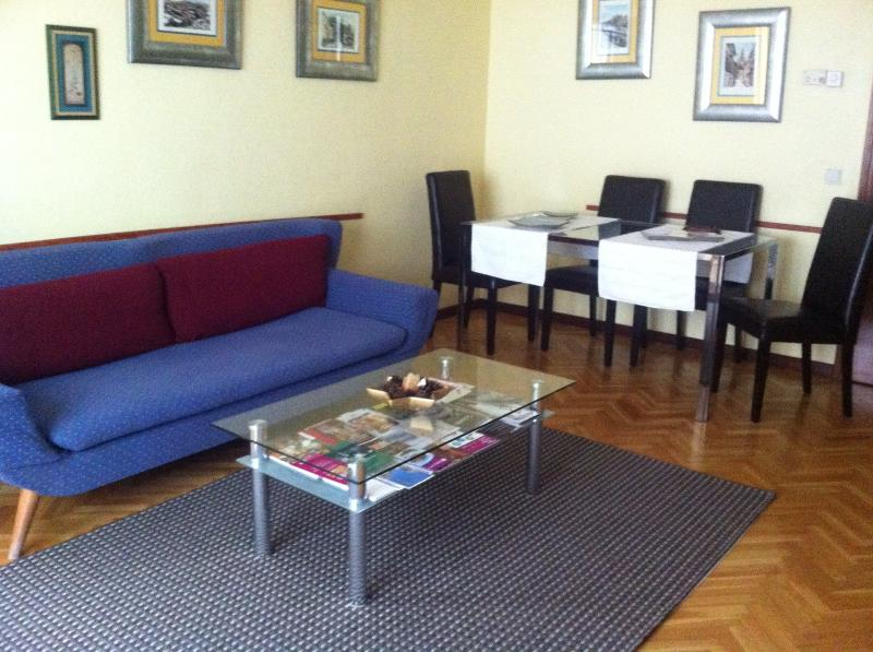 Apartamento Home Life Buenavista - Image 1 - Toledo - rentals