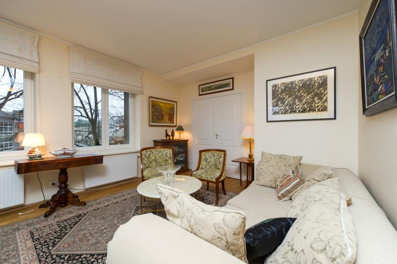 Living Room - Luxury Old Town Panorama King Suite - Tallinn - rentals