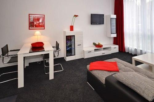 Vacation Apartment in Aalen - 452 sqft, central, modern, clean (# 4461) #4461 - Vacation Apartment in Aalen - 452 sqft, central, modern, clean (# 4461) - Aalen - rentals