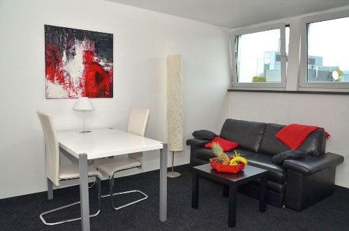 Vacation Apartment in Aalen - 452 sqft, central, modern, clean (# 4462) #4462 - Vacation Apartment in Aalen - 452 sqft, central, modern, clean (# 4462) - Aalen - rentals