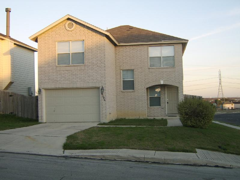 Close to Sea World, Lackland. Save: Only 7.75% Tax - Image 1 - San Antonio - rentals