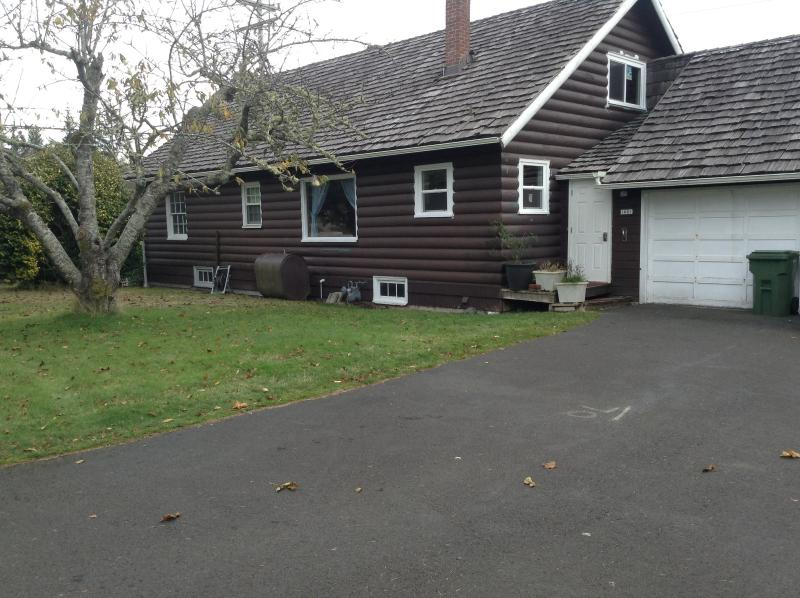 The Cabin by the beach - Image 1 - Warrenton - rentals