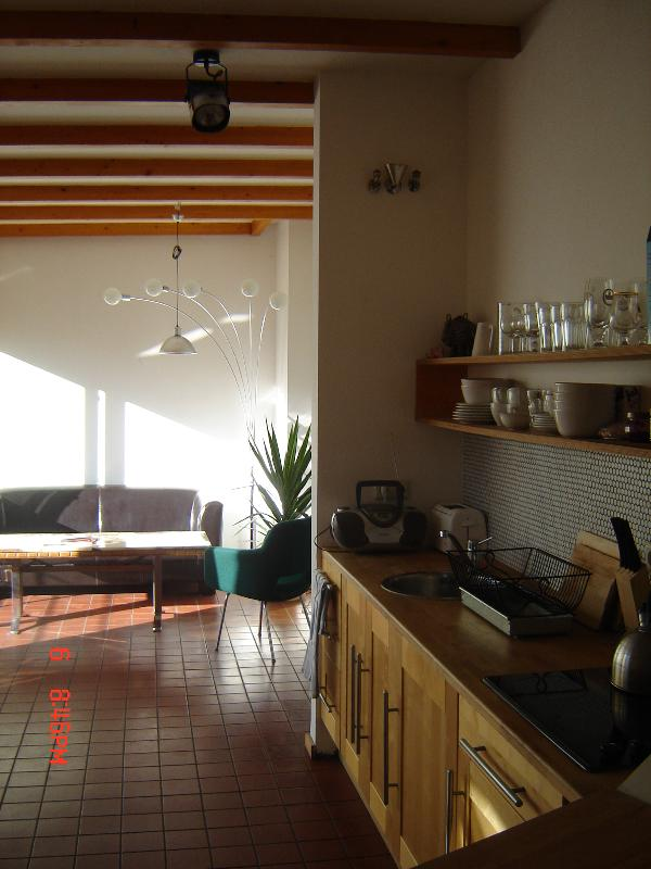 Kitchen to Sitting room - Penthouse in Mitte, Berlin - Berlin - rentals