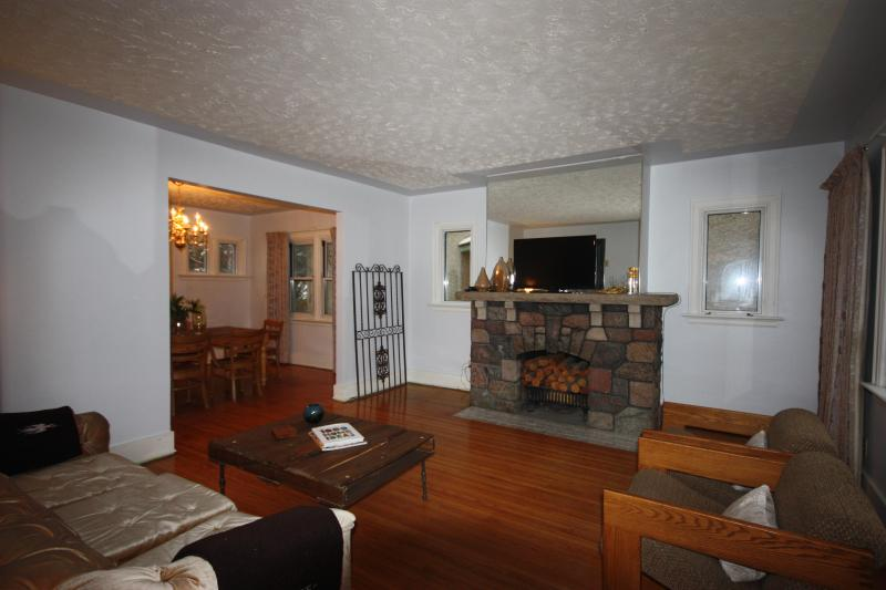 Creative Character exceeds expectations - Creative Character Exceeds expectations - Saskatoon - rentals