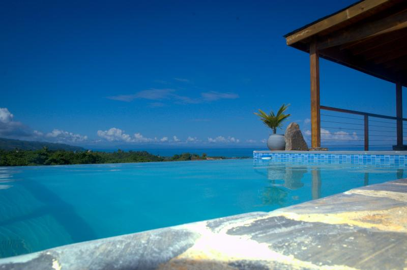 BEAUTIFUL RETREAT WITH BREATHTAKING OCEAN VIEW ! - Image 1 - Las Terrenas - rentals