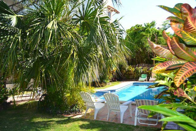 Condo with pool 50 meters from the beach  // Rivie - Image 1 - Puerto Morelos - rentals