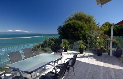 Harbour View Apartment 2: Awesome Tasman Bay view - Image 1 - Nelson - rentals