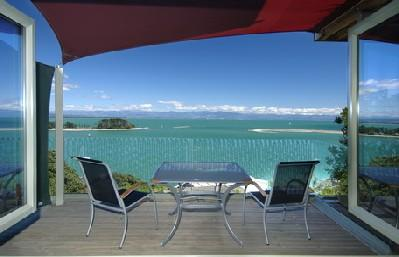 Harbour View Apartment 1: Awesome Tasman Bay view - Image 1 - Nelson - rentals