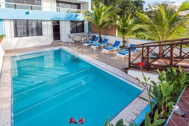 Villa Princesa - 7 Bedrooms, Oceanfront, Bike Path to Town - Image 1 - Cozumel - rentals