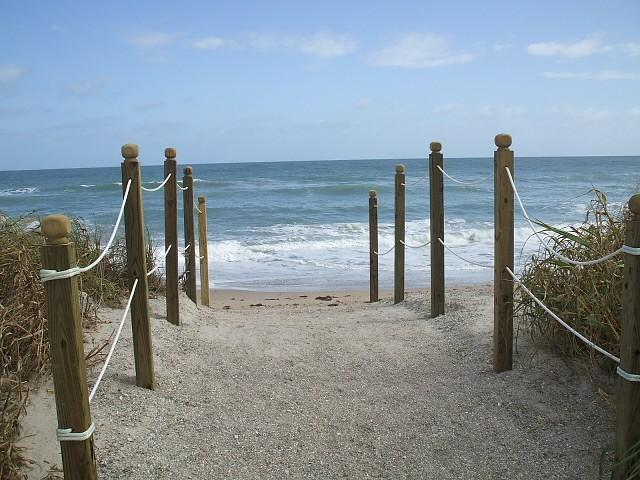Acess to beach - Nettles Island 1077, Jensen Beach, Florida - Jensen Beach - rentals