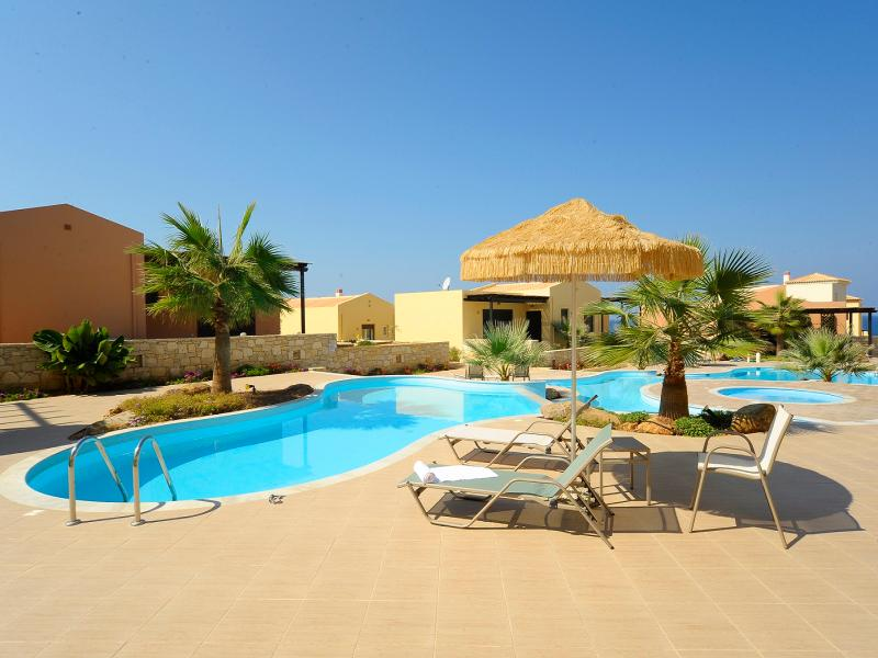 Luxury apartment by the sea with  pool and supreb sunsets - Image 1 - Milopotamos - rentals