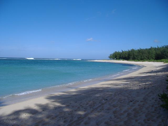 beach next to villa - La Casa Vina - on the south coast - Riambel - rentals