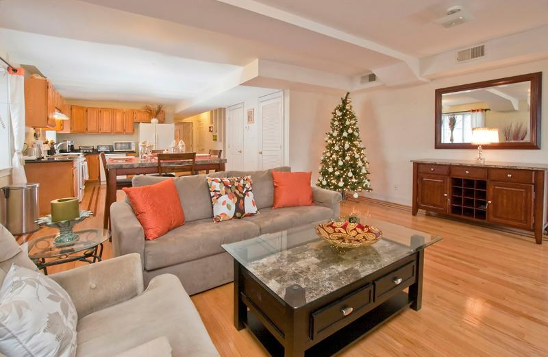Amazing 3 Bedroom Apartment Near Times Square - Image 1 - North Bergen - rentals
