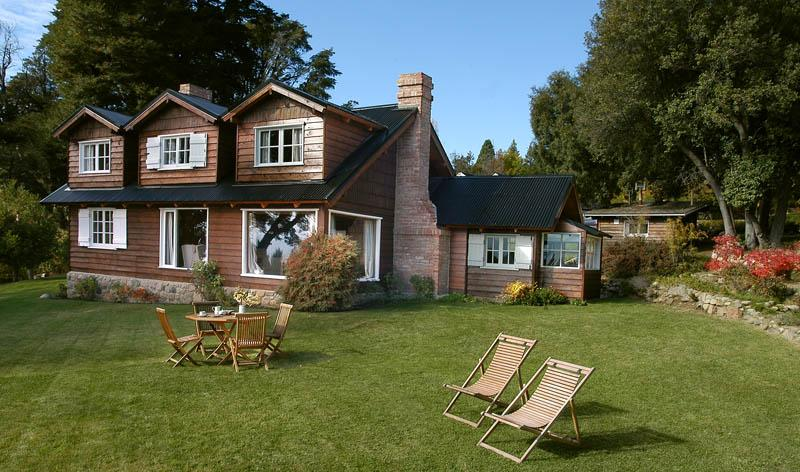 Only 2 Minutes to Town (YP1) Amazing Lake views!! - Image 1 - San Carlos de Bariloche - rentals