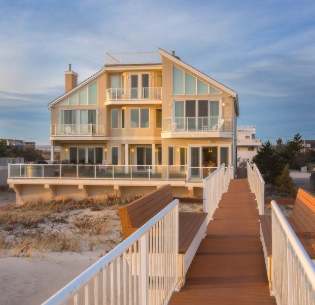 Magnificent Waterfront Beach House on the Ocean - Image 1 - Westhampton Beach - rentals