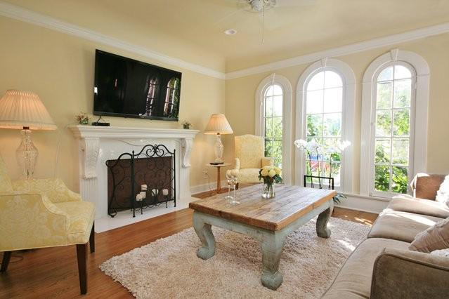 BEAUTIFUL LIVING ROOM WITH TELEVISION, COUCH, COFFEE TABLE, AND CHAIRS - **LUXURIOUS/CHARMING 2BD SPANISH HOME** - West Hollywood - rentals
