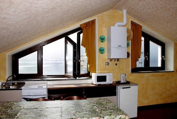 Attic Studio - Image 1 - Mandello del Lario - rentals