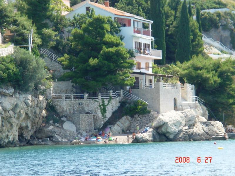 Beach Villa apartament near Split A3 (2+1) - Image 1 - Pisak - rentals