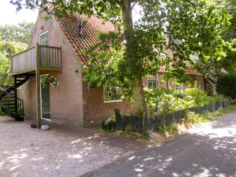 Exterior - Trendy and comfortable loft appt. only seperated by beautiful dune area from from North Sea beaches! - Groet - rentals