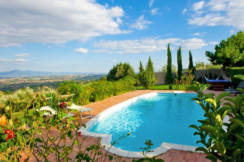 Villa Torricella panoramic swimming pool Tuscany - Image 1 - Monte San Savino - rentals