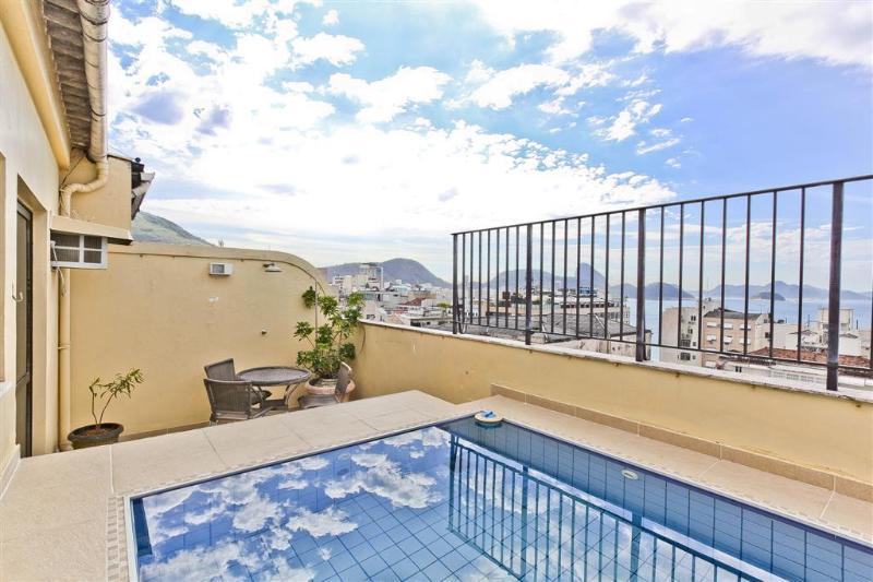 RioBeachRentals - Penthouse Sugarloaf - #200C - Image 1 - Copacabana - rentals
