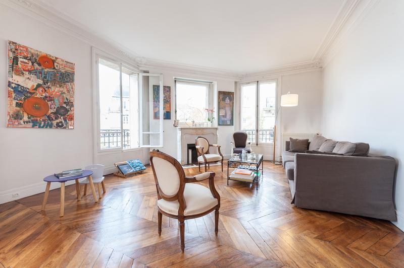 Rue de Alexandrie 2 Bedroom Paris Apartment - Image 1 - 1st Arrondissement Louvre - rentals