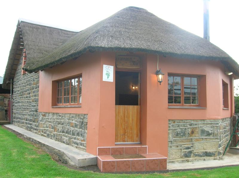 Experience farm life at it's best on this working farm! - Image 1 - Estcourt - rentals