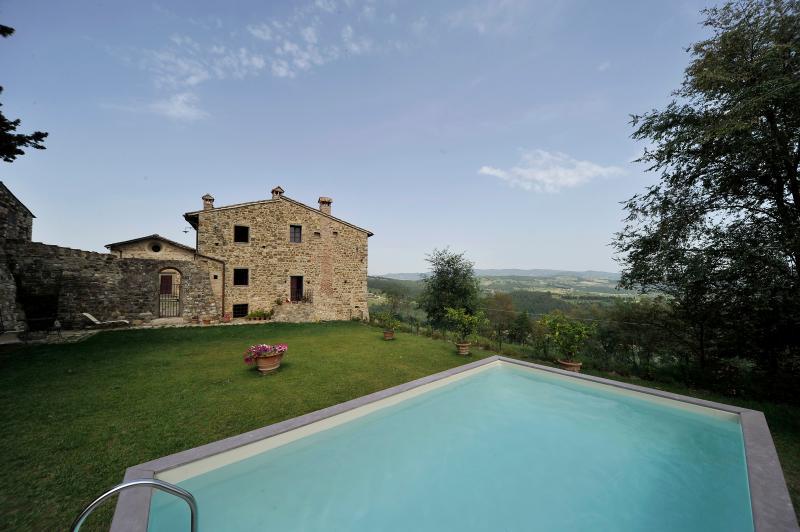 The White Cottage - Image 1 - Pievescola - rentals