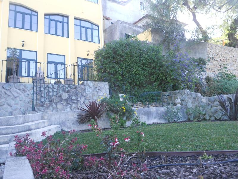 View from garden - Casa da Fonte - Historic Centre - Sintra - rentals